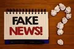 Teksta znaka seansu imitaci wiadomości Motywacyjny wezwanie Konceptualne fotografie Fałszywy Niepotwierdzony Ewidencyjny HoaxIdea zdjęcie stock