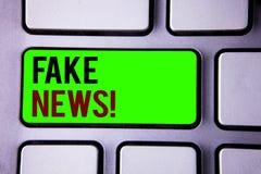 Teksta znaka seansu imitaci wiadomości Motywacyjny wezwanie Konceptualnych fotografii Fałszywy Niepotwierdzony Ewidencyjny bajero zdjęcia royalty free