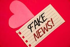 Teksta znaka seansu imitaci wiadomości Motywacyjny wezwanie Konceptualnych fotografii HoaxNotebook strony czerwieni Fałszywy Niep obraz royalty free