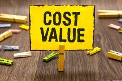 Teksta znaka seansu kosztu wartość Konceptualna fotografia kwota która zazwyczaj płacił dla rzeczy ty kupujesz lub zatrudniający  zdjęcia royalty free