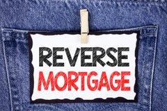 Teksta znaka seansu odwrotności hipoteka Konceptualnej fotografii właściciela domu emerytura opci miarowej zapłaty Starsza korzyś Obraz Stock