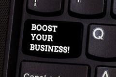 Teksta znaka seansu zwiększenie Twój biznes Konceptualna fotografia ulepsza niektóre miarę przedsięwzięcie sukcesu przyrosta klaw zdjęcie stock