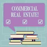 Tekstteken die Commercieel Real Estate tonen Conceptueel fotobezit dat alleen voor bedrijfsdoeleinden Ongelijke Stapel van wordt  stock illustratie
