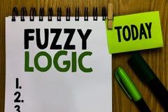 Tekstteken die Fuzzy Logic tonen De conceptuele foto controleert omvang van vuil en vethoeveelheid zeep en waternotitieboekjewask royalty-vrije stock fotografie