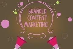 Tekstteken die Gemerkte Inhoud Marketing tonen De conceptuele foto impliceert het creëren van inhoud met betrekking tot een merk  royalty-vrije illustratie