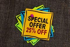 Tekstteken die met Speciale aanbieding 25 pronken De conceptuele van de de bevorderingsverkoop van fotokortingen Kleinhandels Op  royalty-vrije stock foto
