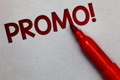 Tekstteken die Promo Motievenvraag tonen Conceptueel fotostuk van van de de Speciale aanbiedingverkoop van de reclamekorting het  Royalty-vrije Stock Afbeeldingen