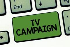 Tekstteken die TV-Campagne tonen Conceptuele fototelevisie programmering veroorzaakt en betaald voor door een organisatie stock afbeeldingen