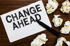 Tekstteken die Verandering vooruit tonen Conceptuele foto Sommige wijzigingen die wachten te gebeuren Perspectief Reserveteller o stock fotografie