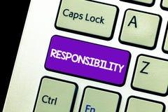 Tekstteken die Verantwoordelijkheid tonen Conceptuele foto die controle over iemand hebben Akte van verantwoordelijk het zijn stock foto