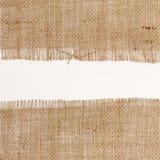 Tekstura Burlap hessian kwadrat z postrzępionymi krawędziami na białym tle Obrazy Royalty Free