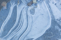 Tekstura lodowi kryształy na drogowym tle Obrazy Royalty Free