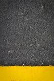 Tekstura na drodze i żółtej linii Obrazy Royalty Free