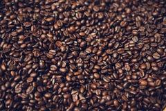 Tekstura od świeżych piec kawowych fasoli Zakończenie Obrazy Stock