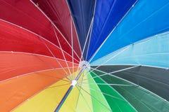 Tekstura poniższy Kolorowy parasol Obrazy Stock