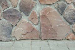 Tekstura - sztuczny dekoracyjnego kamienia façade Dekoracyjny siwieje kolor kamiennej ściany tła szorstką teksturę Zdjęcia Royalty Free