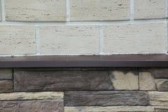 Tekstura - sztuczny dekoracyjnego kamienia façade Dekoracyjny siwieje kolor kamiennej ściany tła szorstką teksturę Obraz Royalty Free