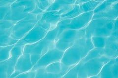 Tekstura woda w pływackim basenie Obrazy Royalty Free