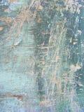 Tekstura zielone drewniane deski Jaskrawa stajni ściana, wieśniaka styl Ogrodzenie, testowany czasem, pionowo fotografia zdjęcia royalty free