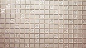 Tekstury tła beżowa mozaika, małe kwadratowe przejrzyste płytki na ścianie Szklany panel dla kuchni zbiory wideo