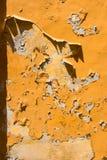 Tekstury tło obieranie pomarańczowa farba fotografia stock