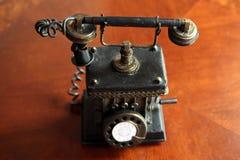 Teléfono antiguo Fotos de archivo libres de regalías