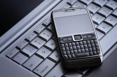 Teléfono celular elegante imágenes de archivo libres de regalías