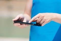 Teléfono elegante de la pantalla táctil Imagen de archivo libre de regalías