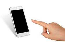 Teléfono elegante del tacto de la mano de la mujer con la pantalla en blanco aislada para la maqueta Imagen de archivo libre de regalías