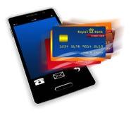 Teléfono móvil con la pantalla de las tarjetas de crédito Fotografía de archivo libre de regalías
