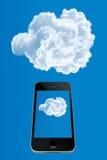 Teléfono móvil para exhibir la nube Fotografía de archivo libre de regalías