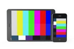 Teléfono móvil y Tablet PC como TV móvil Fotografía de archivo libre de regalías