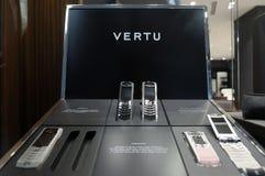 Teléfonos de Vertu en la visualización en almacén Fotografía de archivo libre de regalías