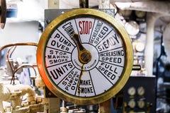 Telégrafo de la nave en sala de máquinas Fotos de archivo libres de regalías