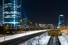 Tel Aviv bij nacht Stock Foto's