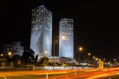 Tel Aviv bij nacht royalty-vrije stock afbeelding