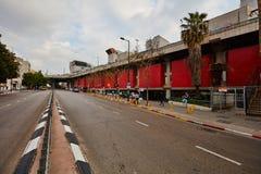 Tel Aviv - 4 décembre 2016 : Entrée centrale de gare routière dans le téléphone Images libres de droits