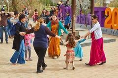 Tel Aviv - 20 febbraio 2017: Patiti di Krishna della lepre che celebrano d Fotografia Stock Libera da Diritti