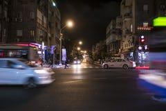 Tel Aviv 10 06 2017: Het vervoer van de de nachtscène van Tel Aviv Royalty-vrije Stock Afbeelding