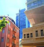Tel Aviv Il posto di mescolamento degli stili architettonici dei periodi differenti fotografia stock libera da diritti