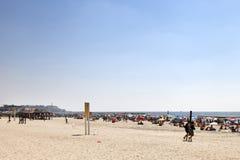 Sommer am Strand in Tel Aviv Lizenzfreie Stockfotos