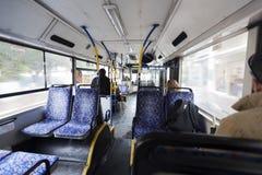 Mattina israeliana di inverno del bus Immagine Stock