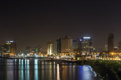 Tel Aviv la nuit. Israël Photos stock
