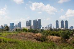 Tel Aviv sikt från Eretz Israel Museum Royaltyfri Foto