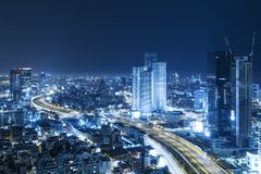 Tel. Aviv Skyline At Night, Wolkenkrabber stock foto