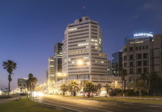 Tel Aviv 10 06 2017: Tel Aviv deptaka nocy transpor i scena Obraz Royalty Free