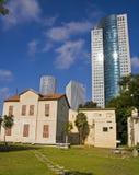Tel Aviv vieja y nueva Fotos de archivo libres de regalías