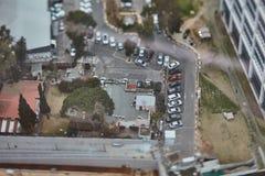 Tel Aviv - 10 06 2017: Vogelperspektive auf Tel Aviv-Straßen und -propert Lizenzfreie Stockfotografie