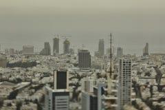 Tel Aviv - 10 06 2017: Vogelperspektive auf Tel Aviv-Straßen und -propert Stockbild