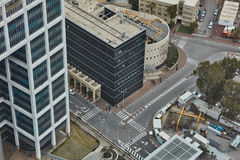 Tel Aviv - 10 06 2017: Vogelperspektive auf Tel Aviv-Straßen und -propert Lizenzfreie Stockfotos